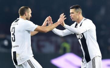 En fotos: Cristiano Ronaldo se inscribe en la historia de Juventus ante Torino