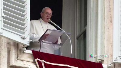 """El Papa pide acabar con """"mercaderes de carne"""" que esclavizan a los inmigrantes"""