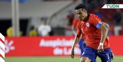 Alexis Sánchez sufre dura lesión de tobillo