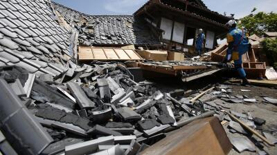 Japón sufre el mayor terremoto desde el mortífero sismo de 2011