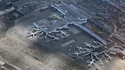 Cierre parcial del gobierno afecta los vuelos de tres importantes aeropuertos de Estados Unidos