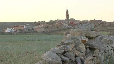 'Pueblos fantasmas' en España logran reanimarse con la llegada de inmigrantes latinos