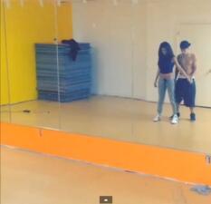 Justin y Selena bailan por amor