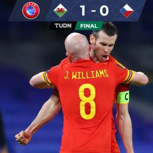Con asistencia de Gareth Bale, Gales revivió en la Eliminatoria
