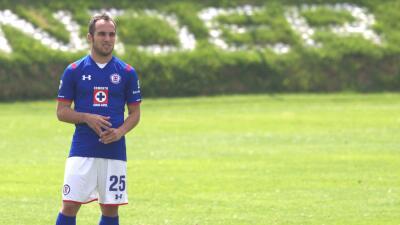 Belluschi ya puede jugar con Cruz Azul