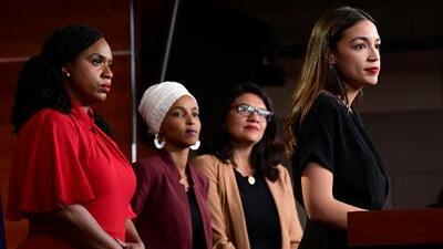 Cámara de Representantes aprueba resolución que condena mensajes xenófobos de Trump contra cuatro congresistas