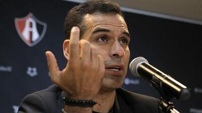 Rafa Márquez explicó el caso Pinilla: Atlas busca un delantero y cerrar el DT