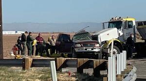 SUV del accidente en California pasó el muro por una brecha