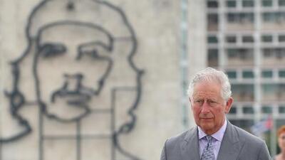 Las polémicas fotos que molestaron a los cubanos por la visita del Príncipe Carlos de Inglaterra y Camila de Cornualles a La Habana