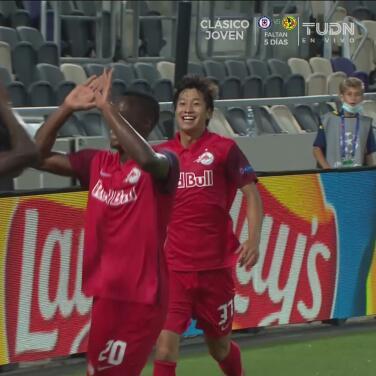 Salzburg da la vuelta 1-2 al Maccabi con gol de Masaya Okugawa