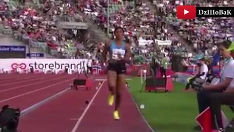 El inesperado momento en que se le cae la peluca a esta medallista olímpica