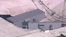 Autoridades investigan las causas del colapso parcial del techo de un casino en Gardena