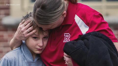 Llamó al 911 para avisar que su hijo de 14 años iba a cometer una masacre