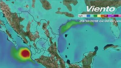 Huracán Willa se acerca a las costas del pacífico mexicano