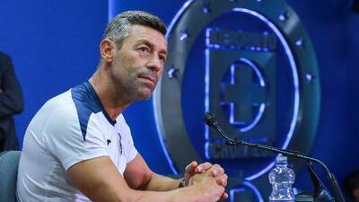 """Caixinha es contundente con sus jugadores seleccionados: """"Tenemos un compromiso"""" con Cruz Azul"""