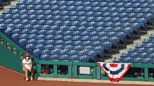 Phillies suspenden actividades tras dos positivos a COVID-19