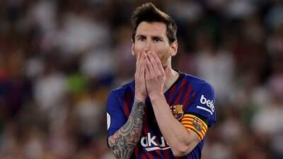 En fotos: el gol de Messi no alcanzó y Valencia le quita la Copa del Rey al Barcelona