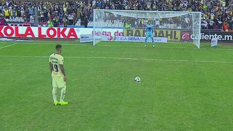 Penal de Arribas y Emanuel Aguilera marcó el 6-1 sobre Pumas