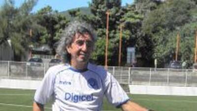 'Mágico' González recibe invitación para acudir al Salón de Fama del Fútbol en México