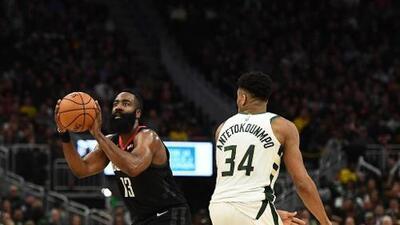Antetokounmpo y Harden lideran el Mejor Equipo del Año en la NBA