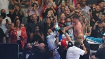 Canelo rompe récord de Muhammad Ali