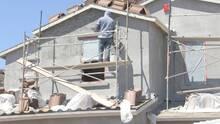 Esto debes hacer para protegerte de las altas temperaturas si trabajas al aire libre