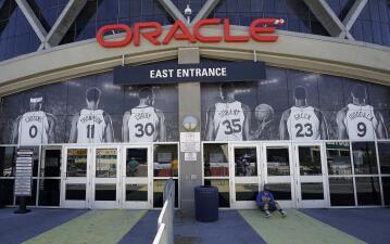 Tras 53 años de albergar a los Golden State Warriors, Oracle Arena deja de ser su casa