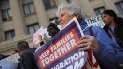Foro en Orlando resalta la necesidad urgente de una reforma migratoria