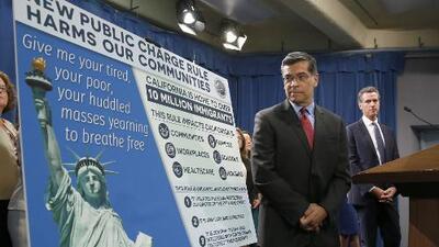 16 estados demandan al gobierno federal por la medida conocida como 'carga pública'