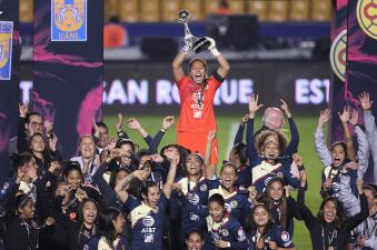 En fotos: América festejó en el 'Volcán' su primera Liga MX Femenil