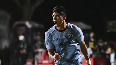 El Sporting KC de Alan Pulido madruga para asegurar su clasificación a octavos de final
