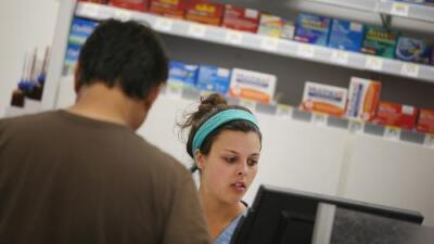 ¿No puedes pagar lo que te recetó el médico? Estos trucos pueden evitar que te quedes sin tratamiento