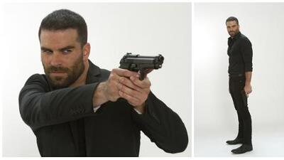 Alejandro Nones es el malvado 'Óscar Lucio', uno de los grandes enemigos de 'La Piloto'
