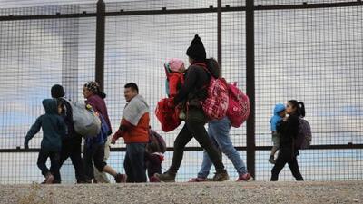 Inmigración, salud y economía: los temas que más preocupan a los estadounidenses, según encuesta