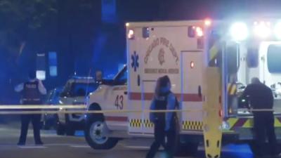 Un joven de 20 años muerto y otros tres heridos es el saldo que deja un tiroteo en una autopista de Chicago