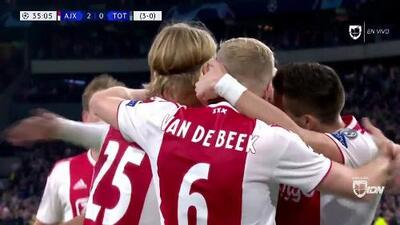 ¡GOOOL! Hakim Ziyech anota para Ajax