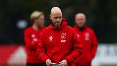 Oficial: Ajax extendió el contrato del entrenador Erik ten Hag hasta 2022