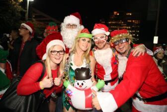 'Santas' invadieron Dallas