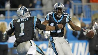 Cam Newton comanda a unos agresivos Panthers que aplastaron a los Dolphins