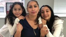 Tres años después de su deportación, esta madre mexicana vuelve con su familia en Florida