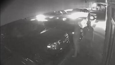 Caso pendiente: La Policía busca a cuatro hombres involucrados en un tiroteo en un estacionamiento