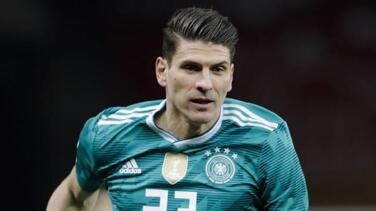 Mario Gómez anuncia su retiro tras ayudar a ascender al Sttutgart