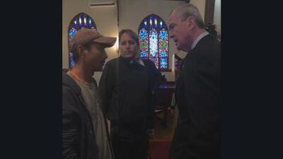 Gobernador de Nueva Jersey visitó al indocumentado que reconstruyó cientos de casas tras el huracán Sandy