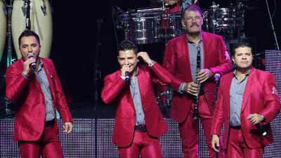 La Arolladora Banda El Limón no descarta la posibilidad de cantar reggaetón