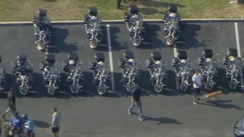 Policías de Florida hacen un recorrido de muchas millas por una buena causa