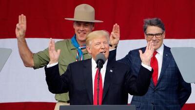 El jefe de los Boy Scouts se disculpa porque Trump politizara la cumbre de la organización