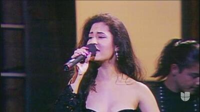 Amor prohibido', la canción de Selena que algunos pensaron podría afectar su carrera