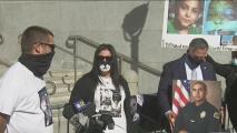 Víctimas de crímenes violentos protestan en busca de justicia y exigen cambios en la Fiscalía de Los Ángeles