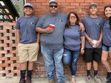 Una familia de Texas perdió a su padre por el covid-19 y tres semanas después su casa se incendió al tratar de mantenerse calientes