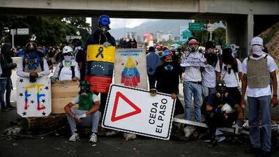Crisis en Venezuela y veto migratorio en EEUU, los temas más polémicos de la semana